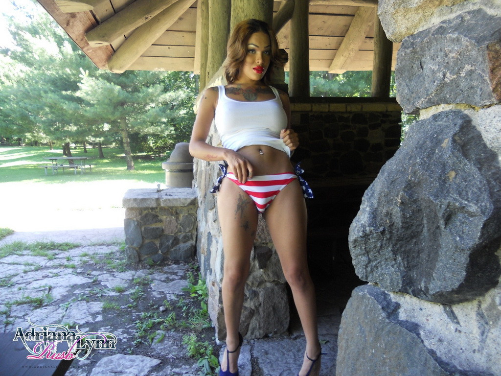 TS Adriana Lynn Rush 001
