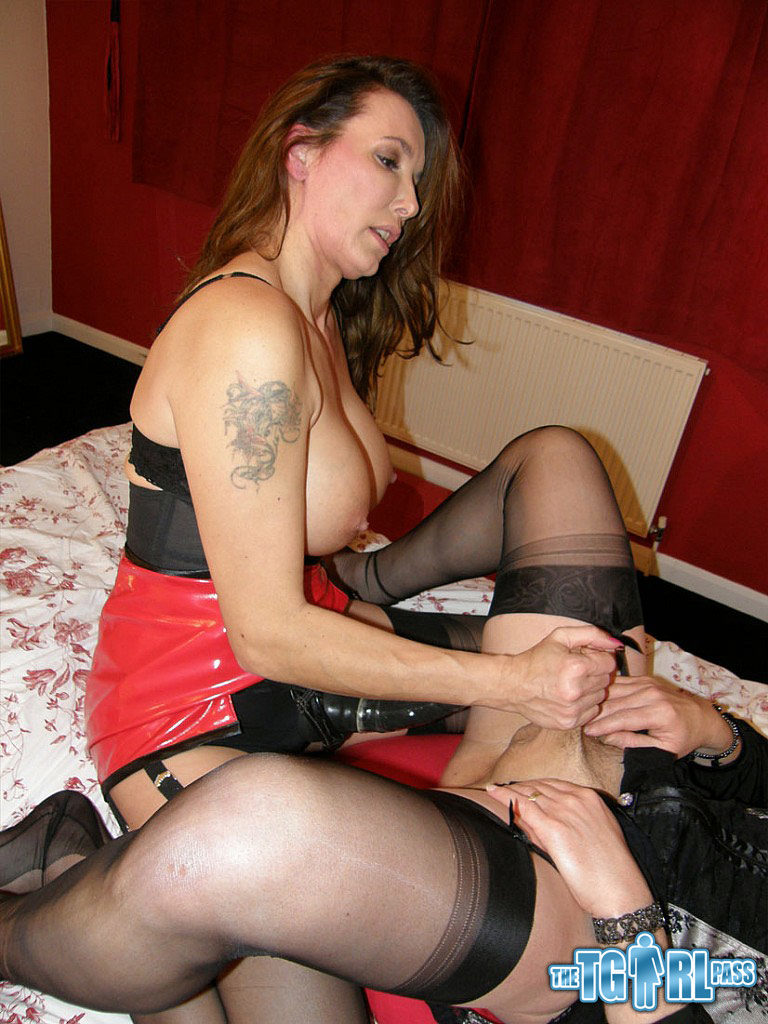 Hot Amateur TGirl is Pegged by a Strap-on
